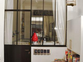 Loft 10ème STUDIO SANDRA HELLMANN Cuisine originale
