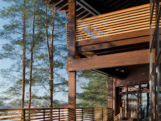 Название Eclectic style balcony, porch & terrace