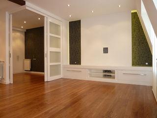 ERRASTI 现代客厅設計點子、靈感 & 圖片
