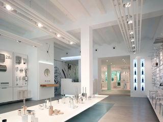 Tienda EL PICAPORTE Hernández Arquitectos Oficinas y tiendas