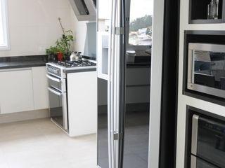 Renata Amado Arquitetura de Interiores Cucina moderna