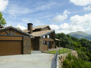 Casa Rústica en el Pirineo catalán Canexel Casas de estilo rústico