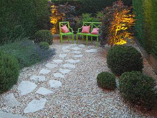 silvia delpiano studio e progettazione giardini Vườn phong cách chiết trung