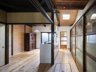 長崎工作室 Modern dining room