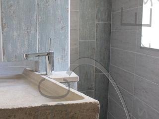ABC Design d'Espace Baños de estilo ecléctico