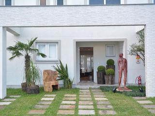 Michele Moncks Arquitetura Balcones y terrazas tropicales