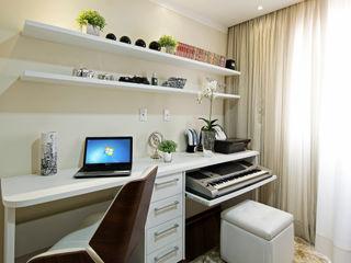 Designer de Interiores e Paisagista Iara Kílaris Modern study/office