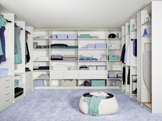 CARE MOBILIARIO MADRID,S.L. Classic style dressing room
