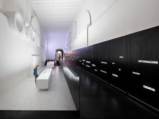 Rubén P. Bescós Architectural Photographer Modern style media rooms