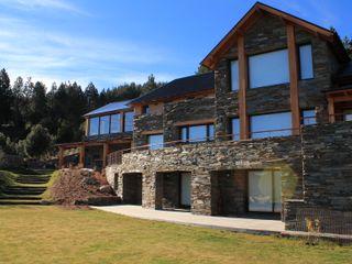 Casa Chapelco Golf and Resort - Patagonia Argentina Aguirre Arquitectura Patagonica Casas modernas: Ideas, imágenes y decoración