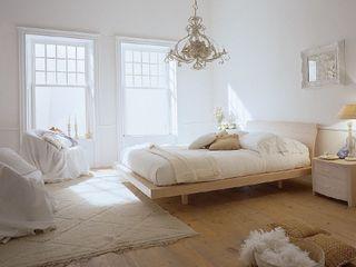 Cocooninberlin Eclectic style bedroom
