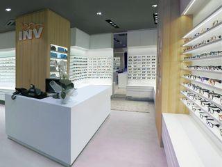 INV Occhiali INVista - Nuovo Moradei Un-real Studio Associato Spazi commerciali moderni