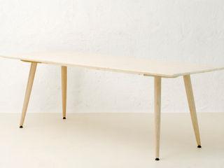 Mensch + Raum Interior Design & Möbel Dining roomTables