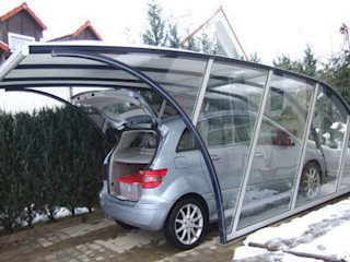FRANCE ABRIS : Spécialiste abri de jardin, garage, carport Garage/Rimessa in stile moderno
