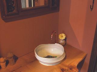 パパママハウス株式会社 現代浴室設計點子、靈感&圖片