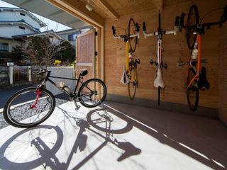 アトリエセッテン一級建築士事務所 Garages & sheds