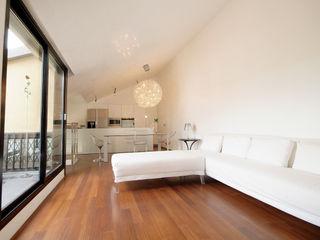 LF&Partners Minimalist living room