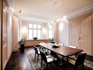 Anna Buczny PROJEKTOWANIE WNĘTRZ Dining roomTables