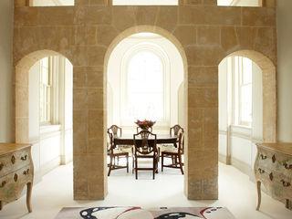 Deirdre Dyson BUTTERFLY rug collection Deirdre Dyson Carpets Ltd Salle à manger classique