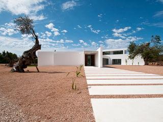 Ivan Torres Architects Rumah Modern