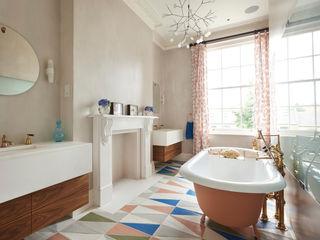 Drummond's Case Study: London Townhouse, Notting Hill Drummonds Bathrooms BathroomBathtubs & showers