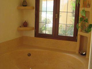 cecile Aubert architecte dplg Phòng tắm phong cách Địa Trung Hải