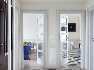 MG Interior Studio Michał Głuszak Pasillos, vestíbulos y escaleras de estilo clásico