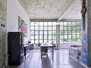 Hauser - Architektur Cocinas de estilo industrial