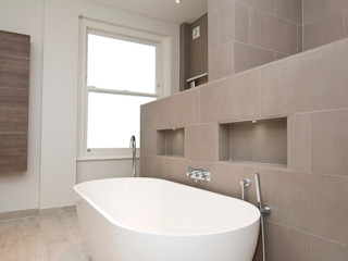 Basement dig out, rear extension for a semi detached house in SW6 Balance Property Ltd Modern bathroom