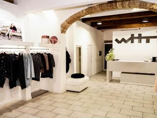 White Shop Luca Bucciantini Architettura d' interni Negozi & Locali commerciali in stile minimalista