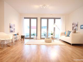 Musterwohnung Neubau Ein-Zimmer-Appartement raumwerte Home Staging Moderne Wohnzimmer