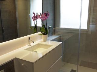 LF24 Arquitectura Interiorismo Salle de bain moderne