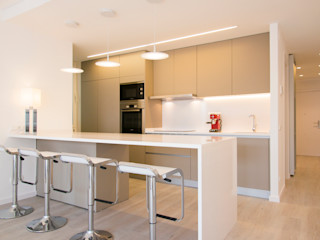 Global Projects Minimalist kitchen
