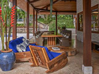 Beth Nejm Rustic style balcony, veranda & terrace