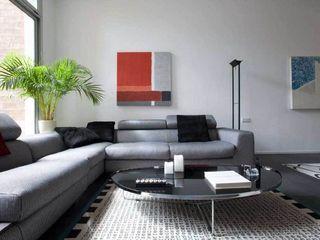LOFT EN BARCELONA SOLER-MORATO ARQUITECTES SLP Salones de estilo moderno