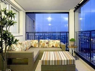 Varanda Design Balkon, Beranda & Teras Tropis