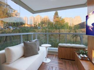 SESSO & DALANEZI Moderner Balkon, Veranda & Terrasse