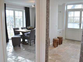 Haus auf Sylt II SALLIER WOHNEN HAMBURG Flur, Diele & Treppenhaus im Landhausstil
