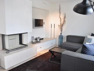 Haus auf Sylt III SALLIER WOHNEN HAMBURG Moderne Wohnzimmer