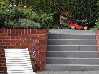 grasgrau - GARTENDESIGN Classic style garden