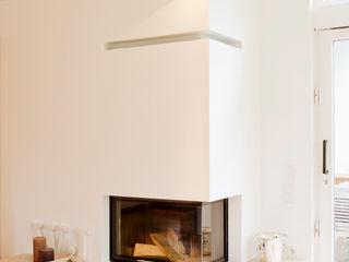 Ferreira | Verfürth Architekten 客廳壁爐與配件