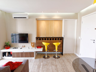 Raphael Civille Arquitetura Minimalist dining room