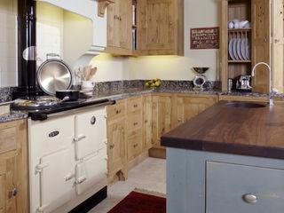Character oak kitchen Churchwood Design Cucina rurale