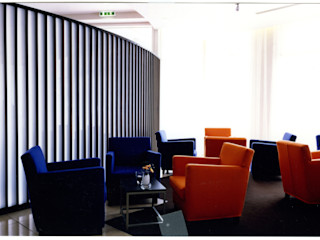 Bars | Lounge | Cafe Werkstätte Berndt GmbH Moderner Balkon, Veranda & Terrasse