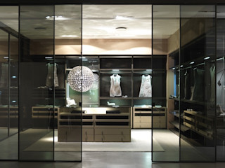 walk-in-wardrobe Lamco Design LTD غرفة الملابس