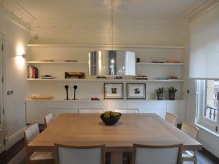 SILVIA REGUERA INTERIORISMO Eclectic style dining room