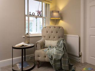 Reading corner with cozy armchair Katie Malik Interiors Klasik Oturma Odası