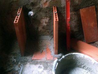 Alcazar Construcciones Eclectic style bathroom