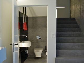 kabeDesign kasia białobłocka Modern bathroom