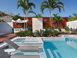 Arquitetura Residencial | Casa de luxo na Barra da Tijuca Leila Dionizios Arquitetura e Luminotécnica Casas modernas